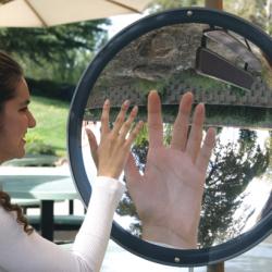 Pemantulan Cahaya Pada Cermin Lengkung